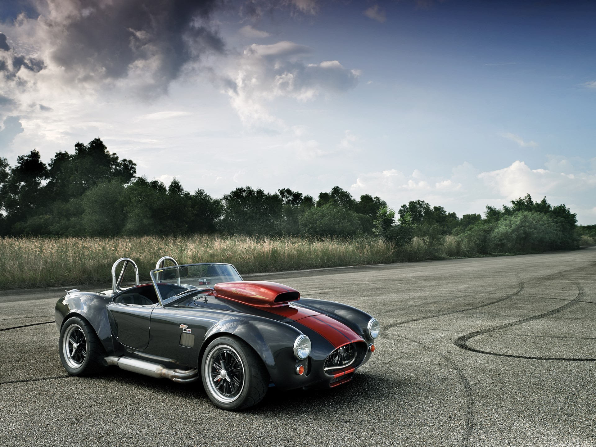 Weineck Cobra 760 CUI 14 Record-Setting Supercars That Made an Impression