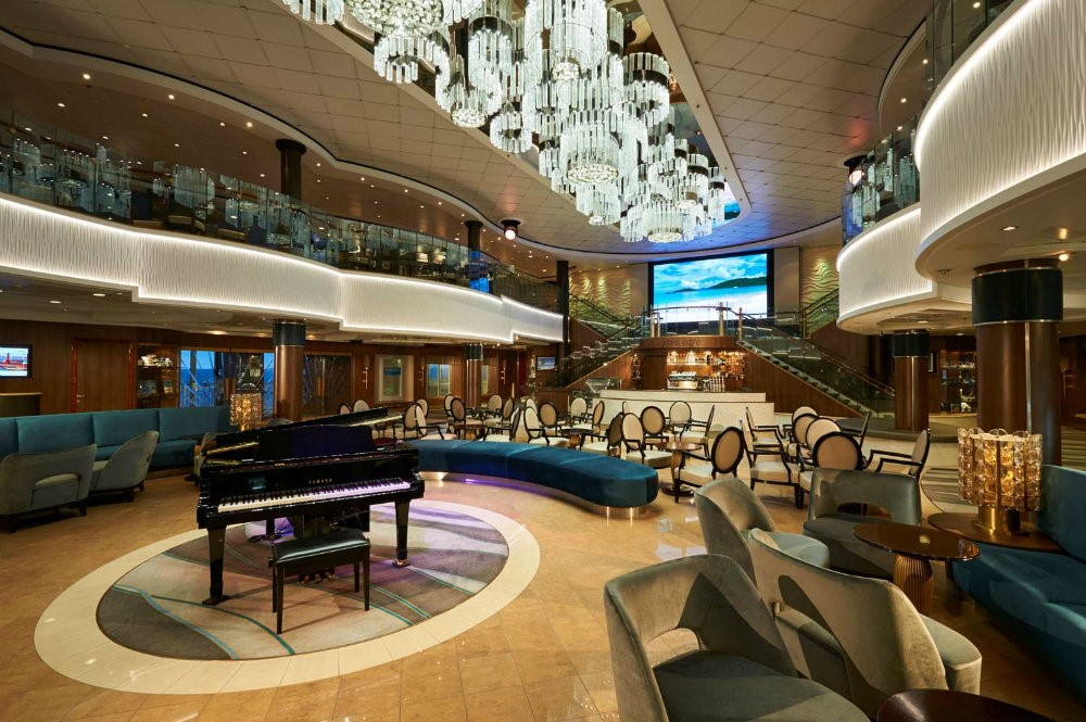 LUXURIOUS CRUISE SHIPS - THE BEST OF BOTH WORLDS 02 luxurious cruise ships Luxurious Cruise Ships – The Best Of Both Worlds LUXURIOUS CRUISE SHIPS THE BEST OF BOTH WORLDS 02