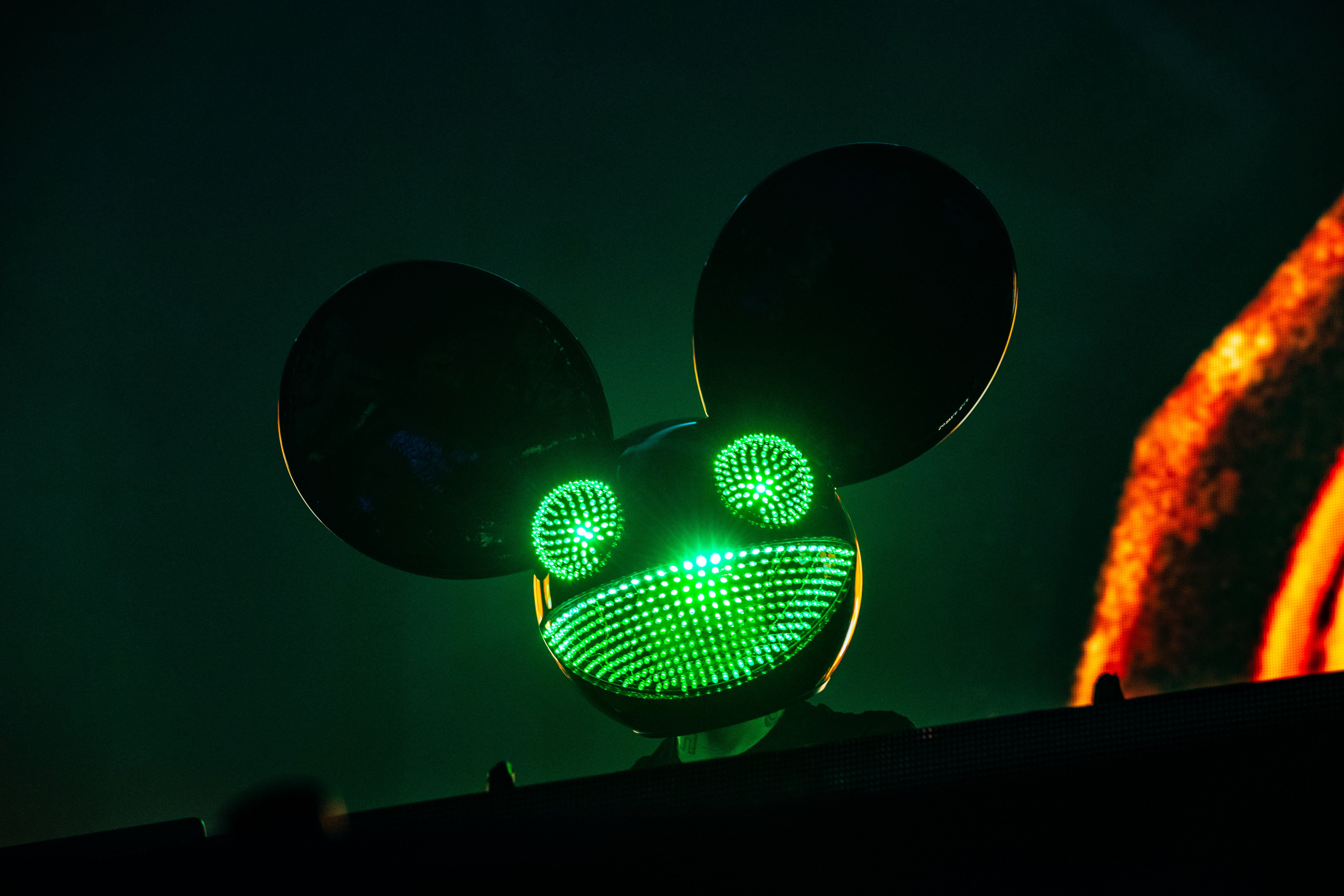 WATCH NOW: Deadmau5 Reveals World Debut Of Cube 3 0 At Ultra